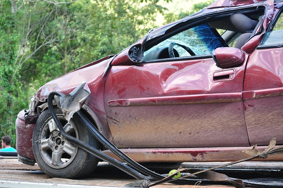 เมื่อเกิดอุบัติเหตุแล้วคู่กรณีไม่มีเงินจ่ายค่าเสียหายจะสามารถมีบทลงโทษอย่างไรได้บ้าง